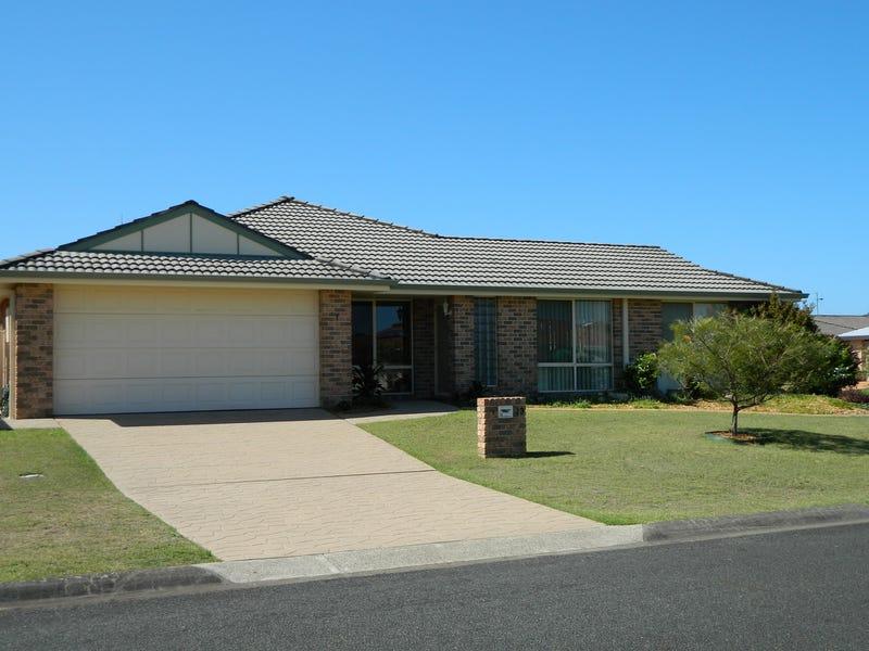 1/13 Amanda Crescent, Forster, NSW 2428