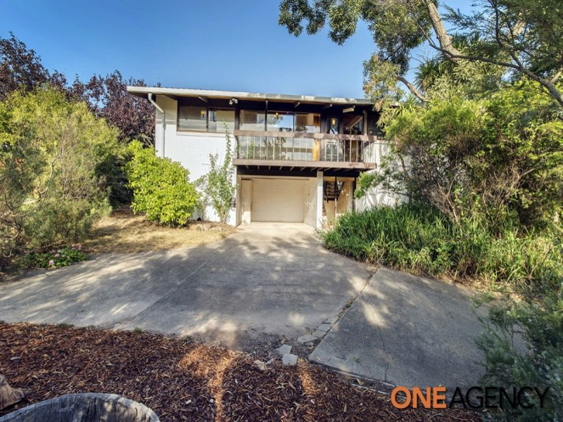 12 McCay Place, Pearce, ACT 2607