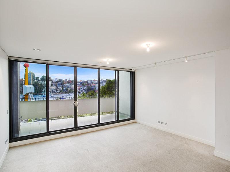 102/8 Glen Street, Milsons Point, NSW 2061