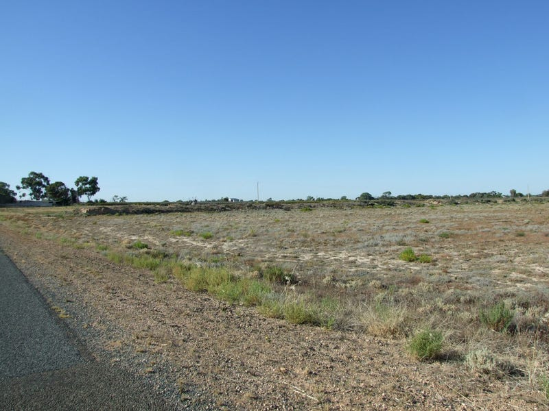 S90 & 186 Sanctuary Rd Chaffey via, Renmark