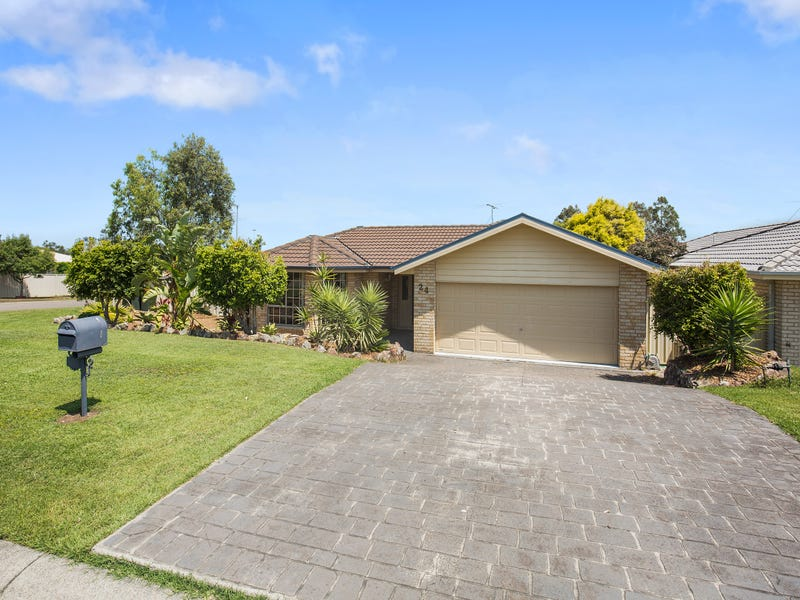 24 Yaldara Avenue, Thornton, NSW 2322