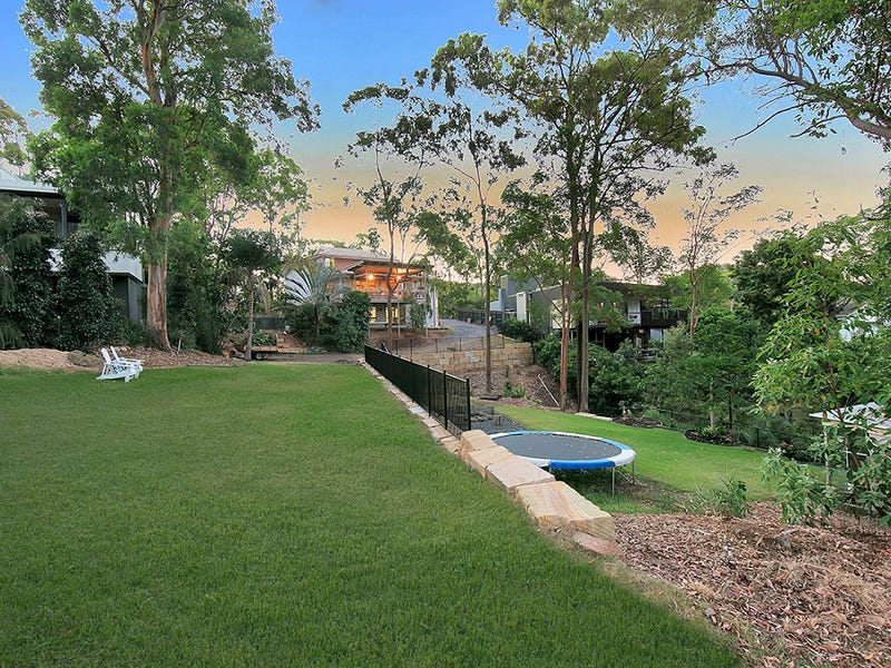 94 Carey Street, Bardon, Qld 4065