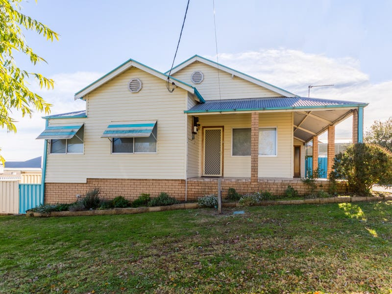 2 Keswick Street, Cowra, NSW 2794