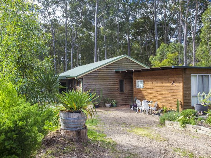 7 Connells Close, Mossy Point, NSW 2537