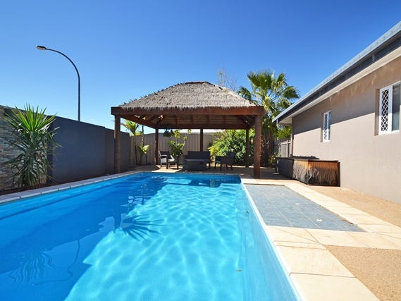 3 Coppock  Court, Desert Springs, NT 0870