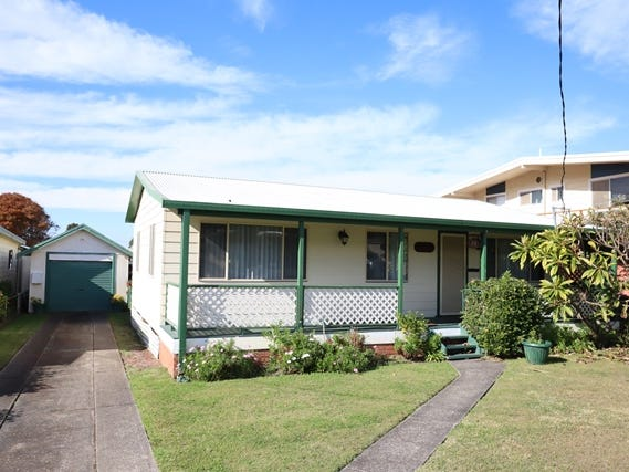 22 Glanville Road, Sussex Inlet, NSW 2540