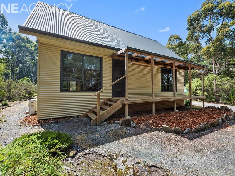 17 Black Wattle Road, Acacia Hills, Tas 7306