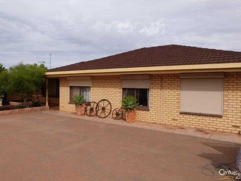 3 Oval Road, Stirling North, SA 5710