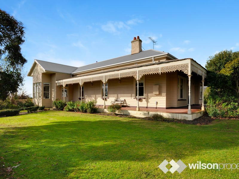 21 Hedges Avenue, Traralgon