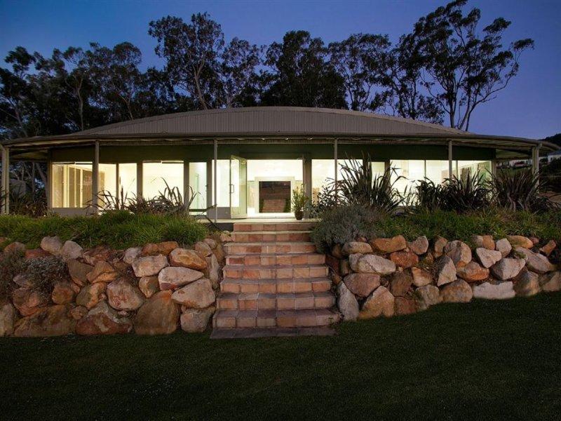 4 Bimbadeen Place, Yellow Rock, NSW 2527
