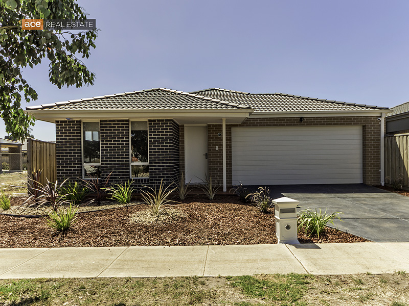 4 Mercedes Drive, Tarneit, Vic 3029