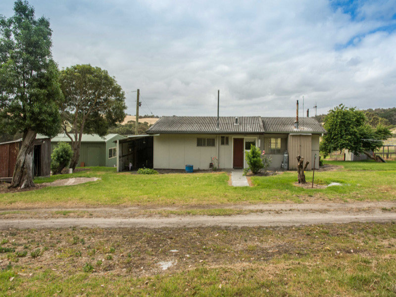 23 Ding Road, Marbelup, WA 6330