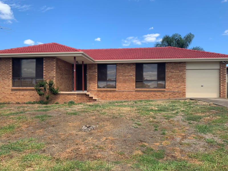 51 Stranraer Drive, St Andrews, NSW 2566