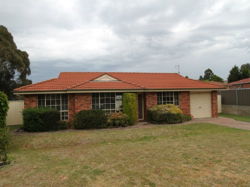15 Elm Place, Kelso, NSW 2795