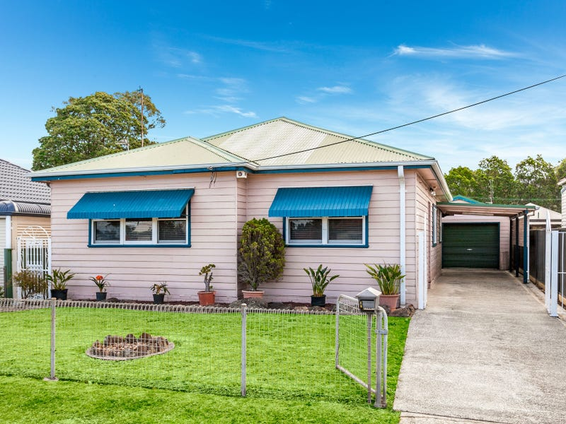 8 Hillside Avenue, Towradgi, NSW 2518