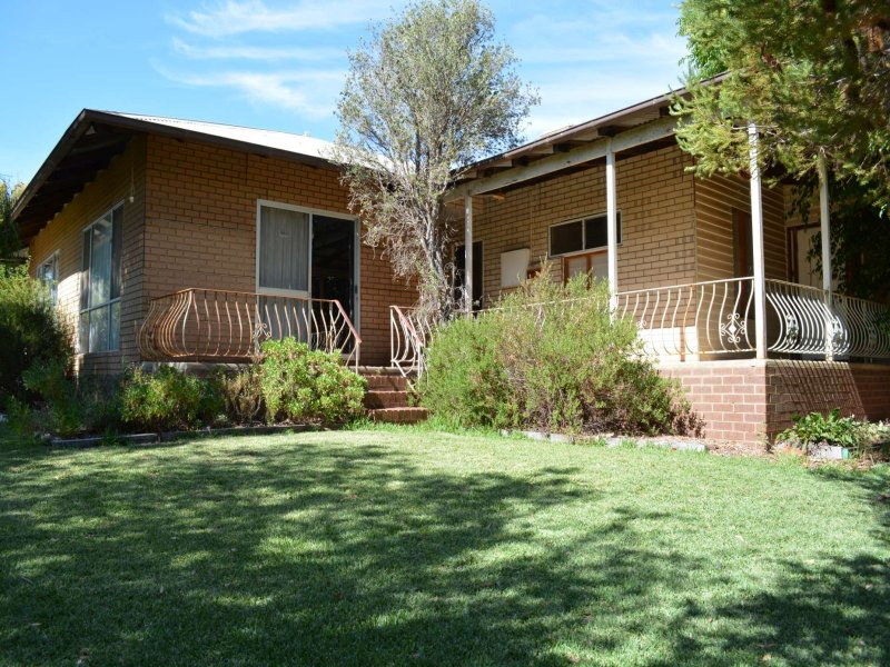 3911 Murray Valley Highway, Robinvale, Vic 3549