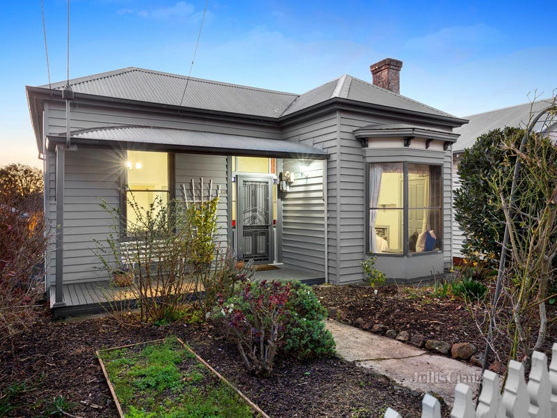 511 Neill Street, Soldiers Hill, Vic 3350