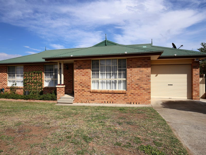 7 Sundown Drive, Kelso, NSW 2795