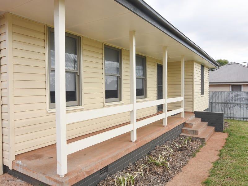 150 KITCHENER ROAD, Temora, NSW 2666