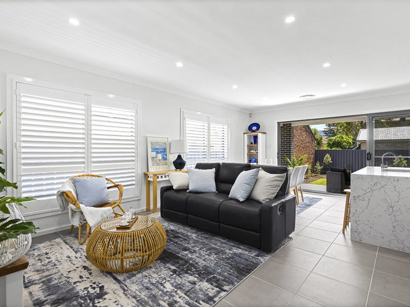 2/6 Jardine Street, Bulli, NSW 2516