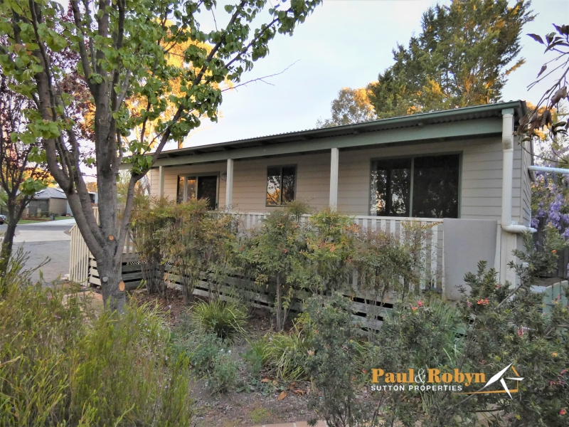 6 Mulley Street, Holder, ACT 2611