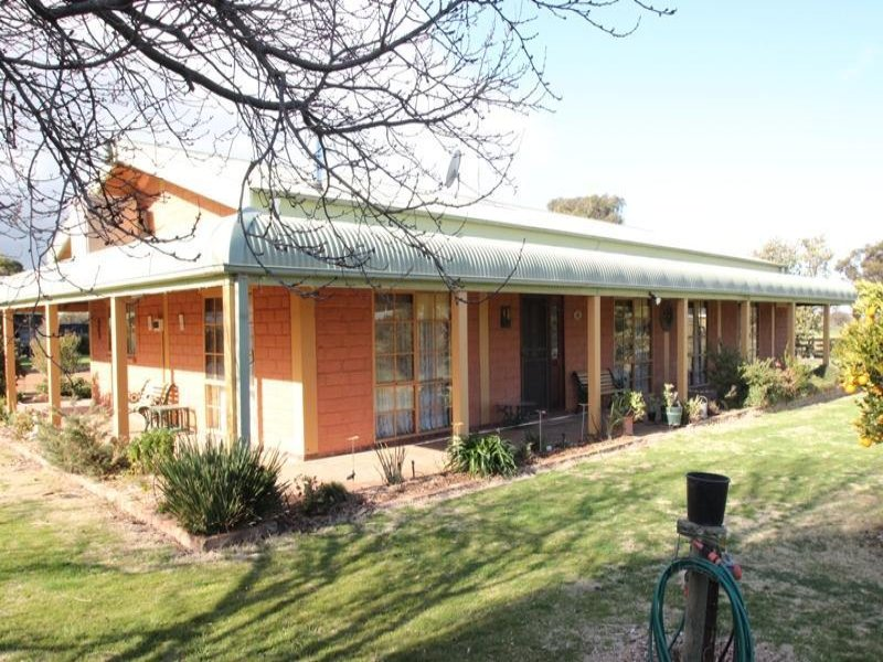 75 Barnes Road, Cobram East, Vic 3644