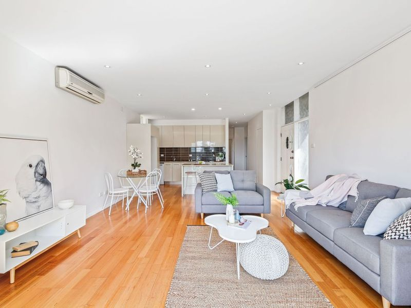 2/10 Hillview Crescent, The Hill, NSW 2300