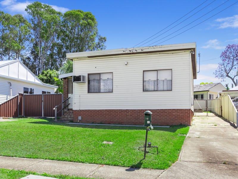 35 Matthew Crescent, Blacktown, NSW 2148