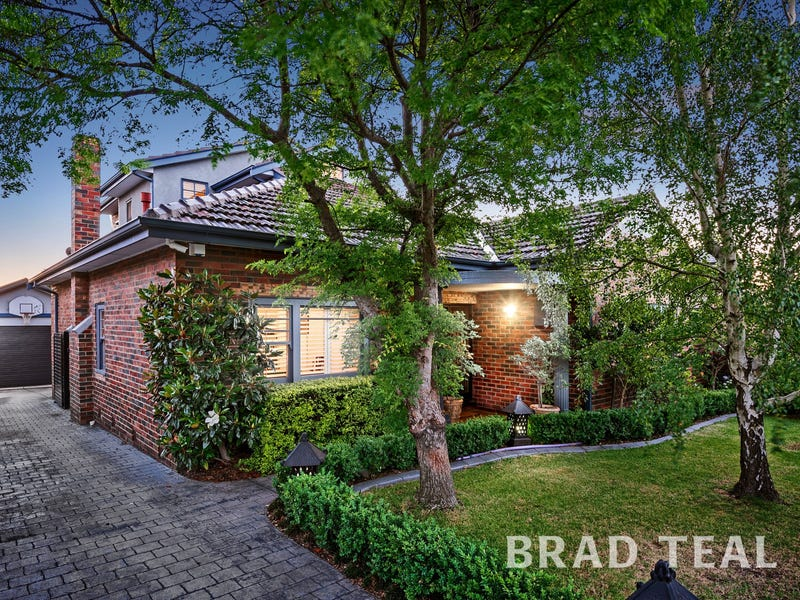 45 Hayes Road, Strathmore, Vic 3041
