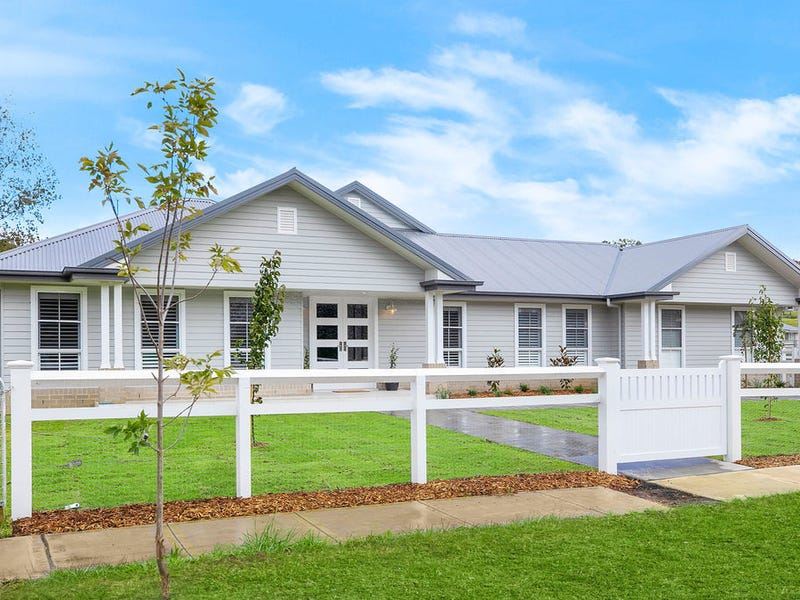 18 Fitzroy Road, Moss Vale, NSW 2577