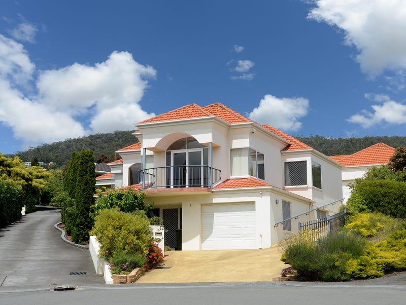 1/17 Rose Court, Sandy Bay, Tas 7005