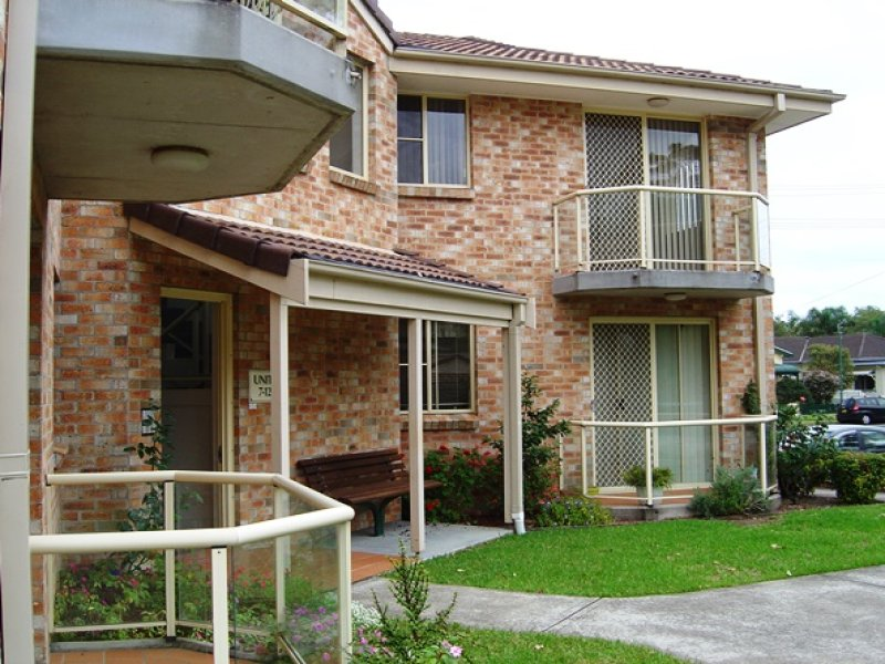 10 Raymond Rd, Thirroul, NSW 2515