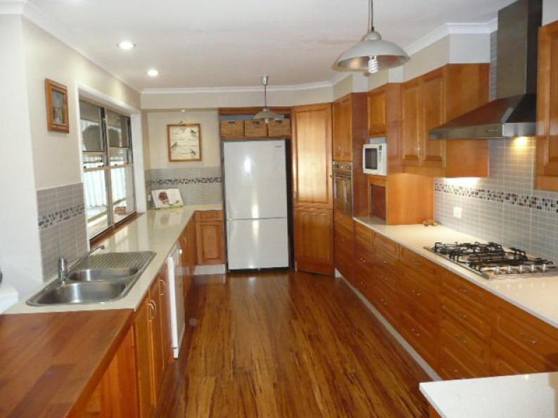 9  Rarotonga Rise, Pacific Pines, Qld 4211