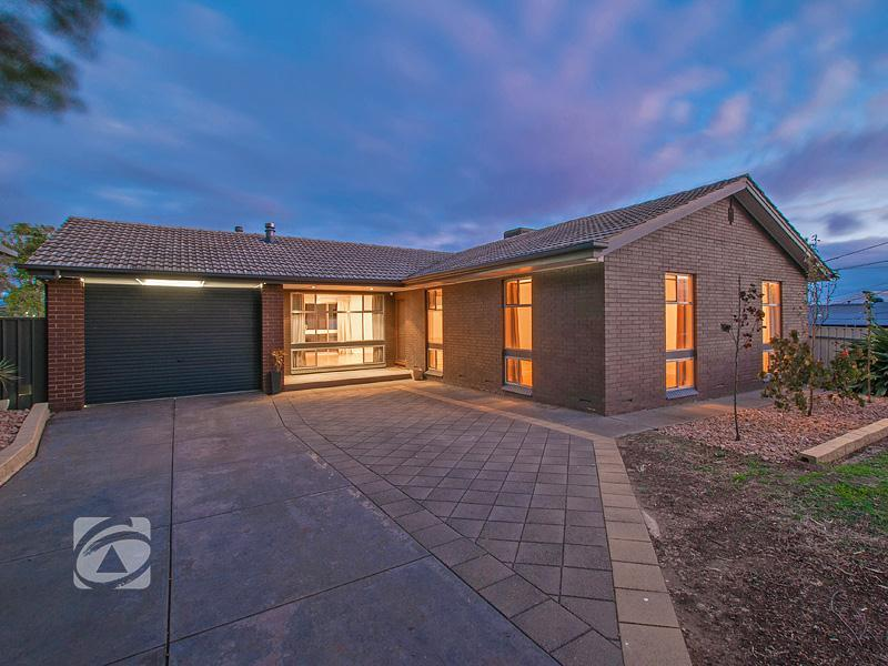 9 Canberra Crescent, Valley View, SA 5093