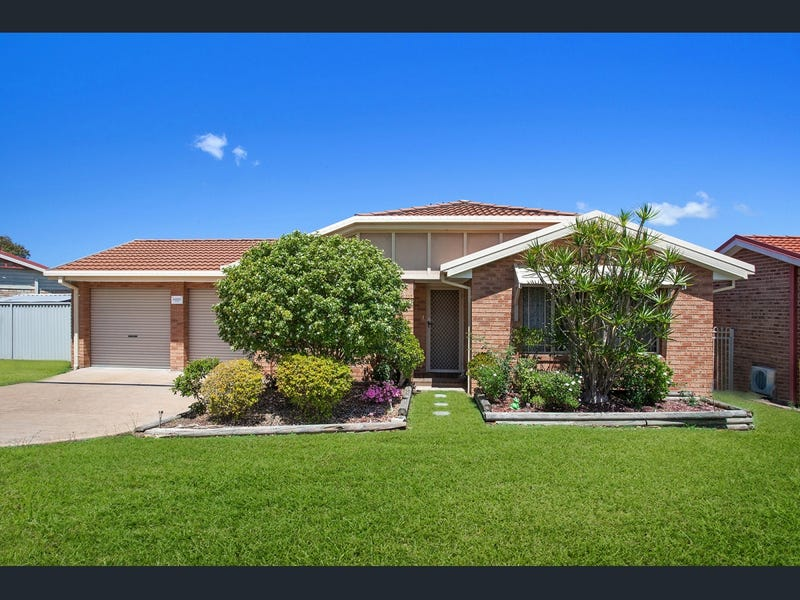 19 Timbara Crescent, Blue Haven, NSW 2262
