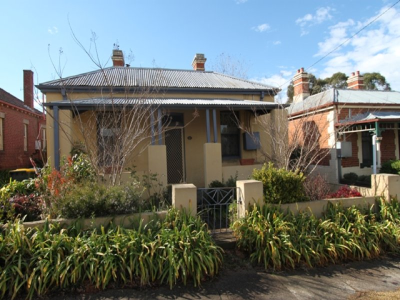 209 Piper Street, Bathurst, NSW 2795