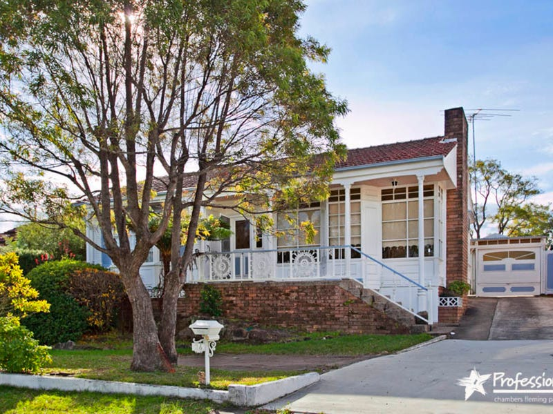 26 Doris Street, Picnic Point, NSW 2213