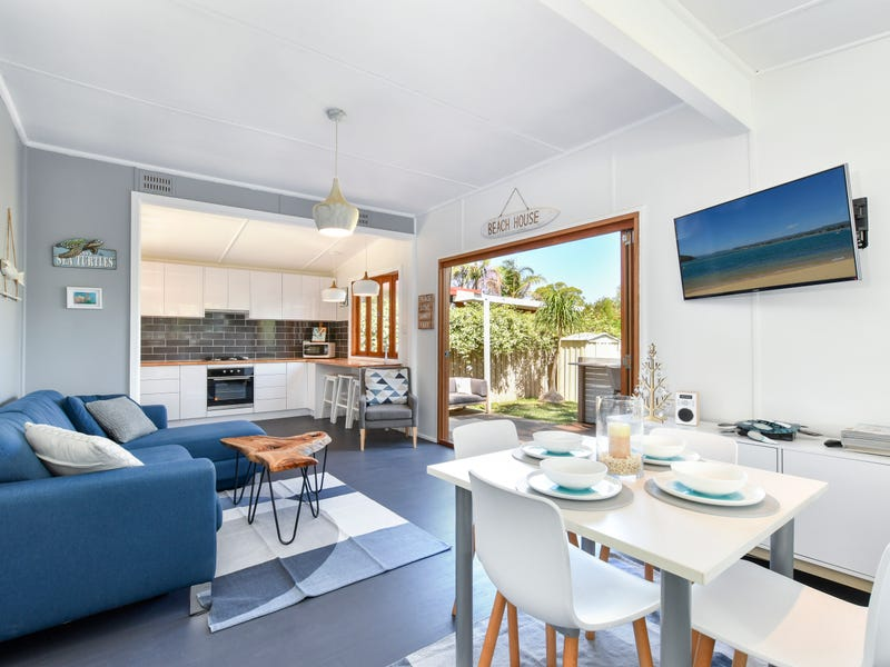 32 Adelaide Avenue, Umina Beach, NSW 2257