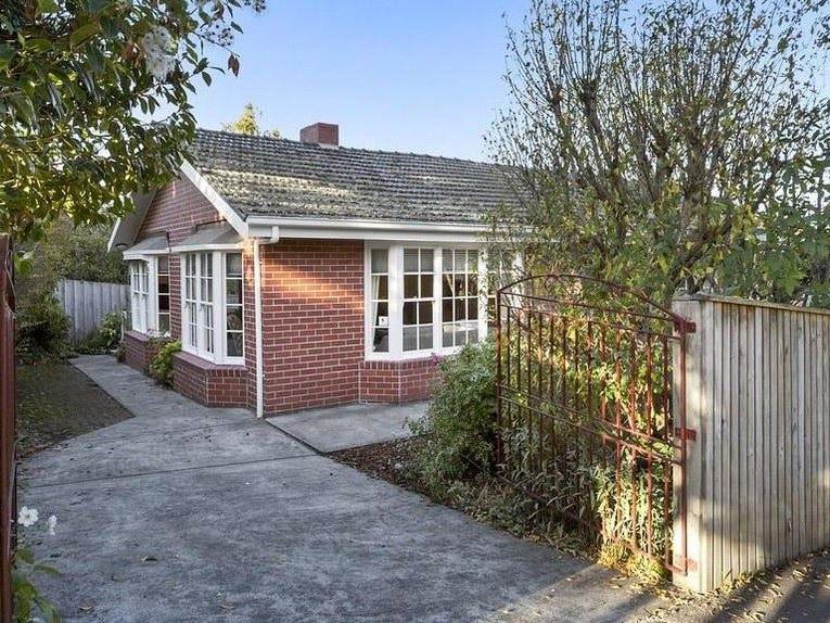 1 Quorn Street, Sandy Bay, Tas 7005
