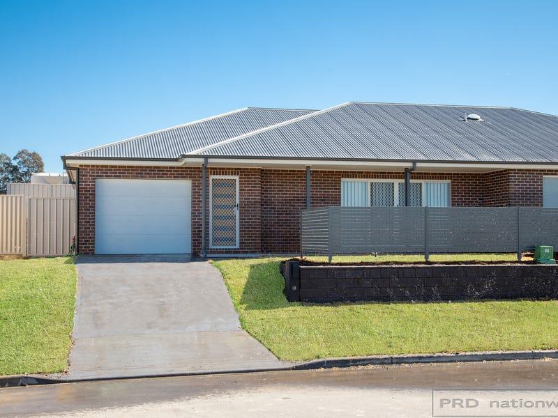 1A & 1B Croft Close, Thornton, NSW 2322