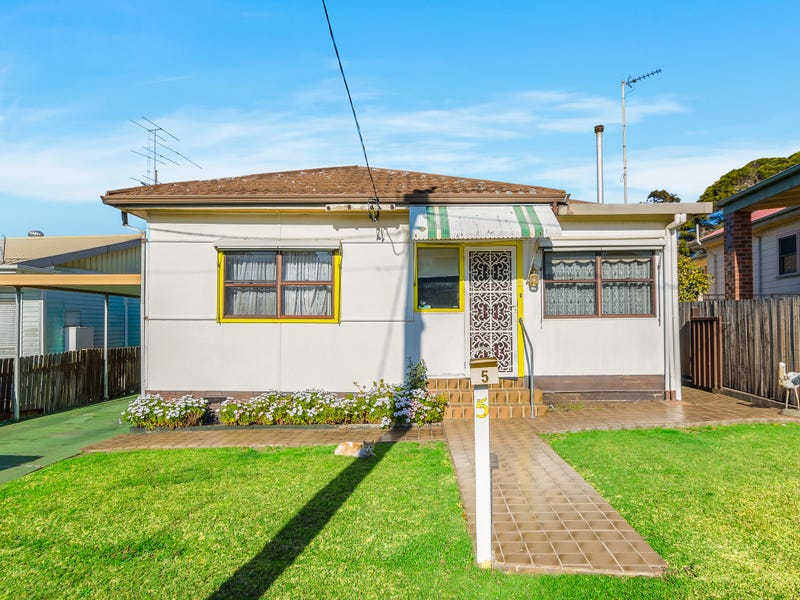 5 Hollebon Road, Bellambi, NSW 2518