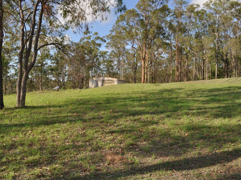 144 Lakeview Drive, Esk, Qld 4312