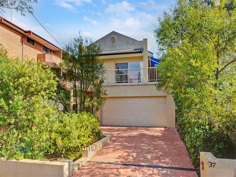 1/37 Albert Street, Hornsby, NSW 2077