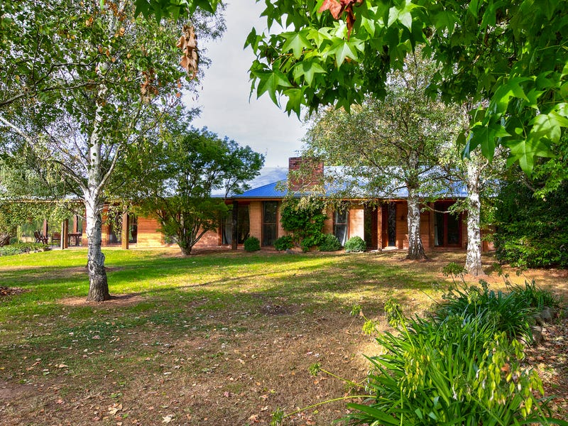 3104 Jingellic Rd, Lankeys Creek, NSW 2644
