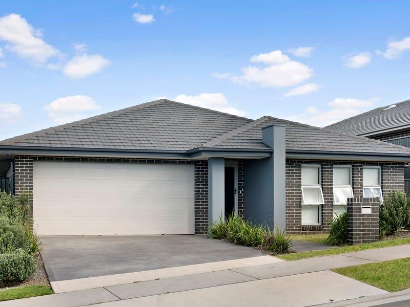 10 Farmgate Crescent, Calderwood, NSW 2527