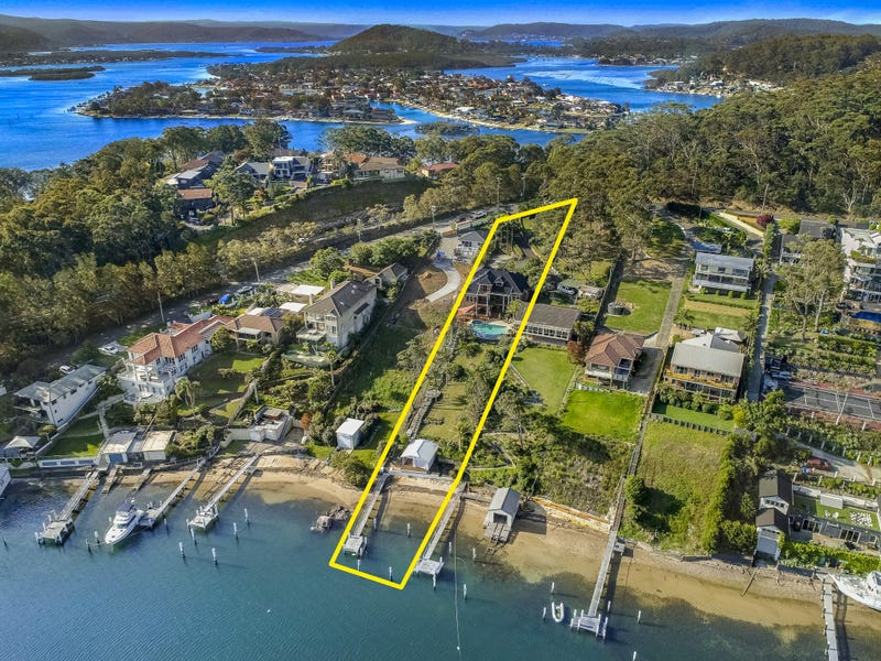 96 Daley Avenue, Daleys Point, NSW 2257