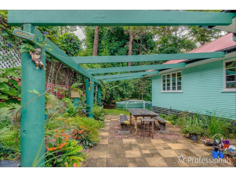 12 Kinabalu Drive, Tamborine Mountain, Qld 4272