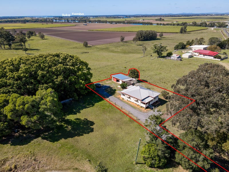 49 Old Pacific Highway / Garretts Lane East, Woombah, NSW 2469