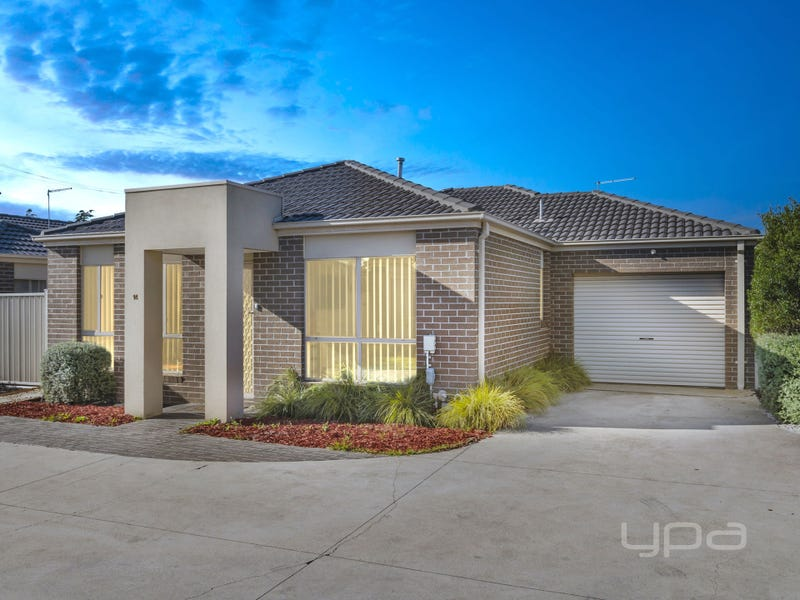 14/3 Austin Place, Melton South, Vic 3338