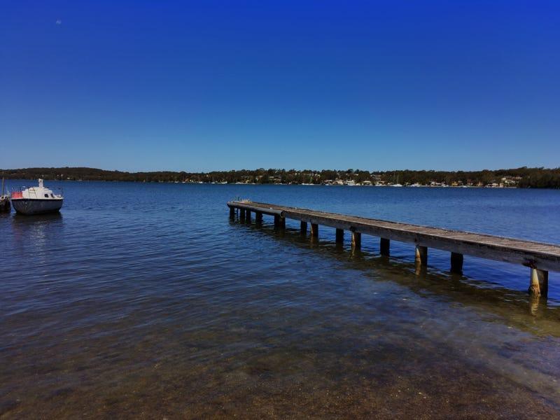 15 Grand Parade, Bonnells Bay, NSW 2264